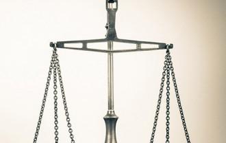 弁護士費用保険とオワハラ