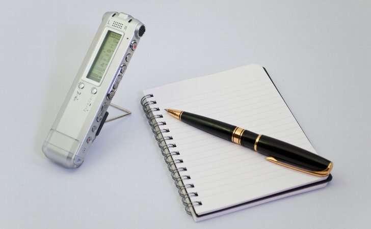 弁護士に相談する時に録音とメモを取る