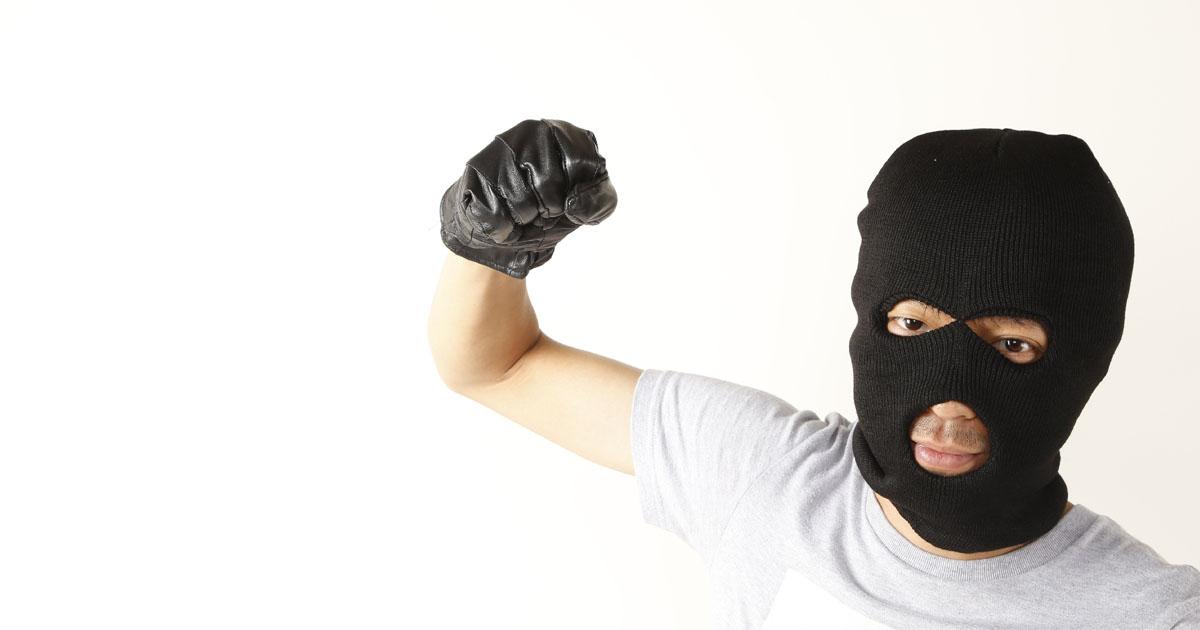 どこまでが正当防衛?過剰防衛で罪にならないために知っておくべきこと