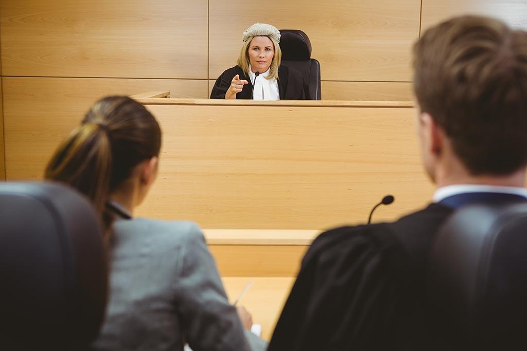 正当防衛の裁判